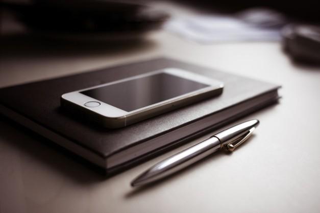 Top 5 apps for managing finances on smartphones